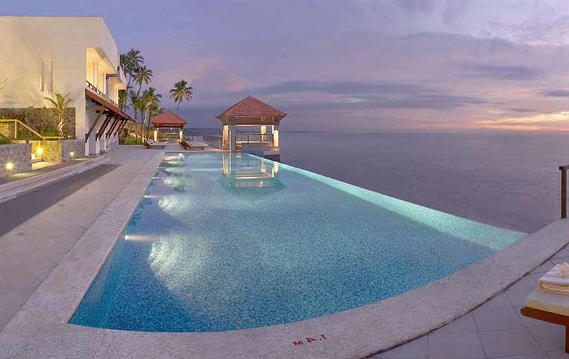 Kerala honeymoon packages 5 Star Hotels
